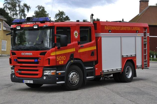 2 26-5010 Släck -/ Räddningsbil Scania P310 LB -2006 Vatten: 3000 L Skum: 400 L Påbyggare: Sala-Brand AB