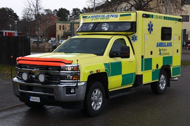3 26-9610 Chevrolet K35903 -2015 Påbyggare: Ambulansproduktion i Sandviken AB