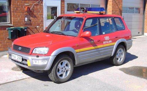 45 185 Befälsbil Toyota Rav 4 -2000