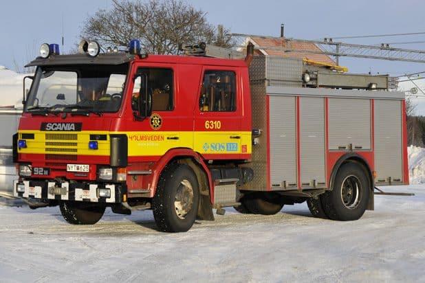 2 26-6310 Scania P 92 N – 1988 Pump: 2500 l/min Vattentank: 3000 l Skum: 200 l Påbyggare: Tollarpskaross AB