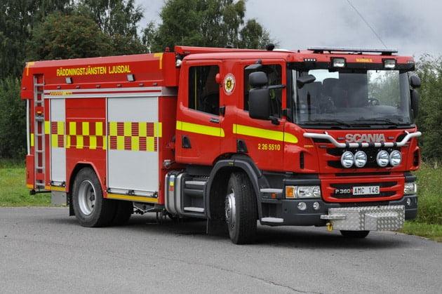 2 26-5510 Släck -/ Räddningsbil Bas 4 Scania P360LB -2013 Vatten: 5500 L Skum: 400 L Påbyggare: Sala Brand AB