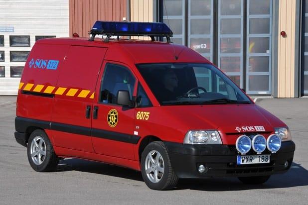2 26-6075 Transportfordon Peugeot Expert 2,0 HDI -2004