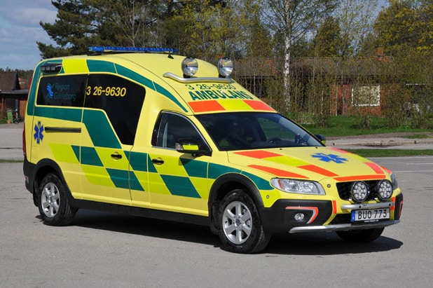 3 26-9630 Nilsson XC70 Ambulans -2015 Motor: D5 2400cc / 215 hk Påbyggare: Nilsson Special Vehicles