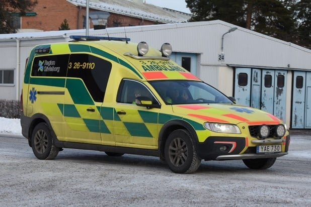 3 26-9110 Nilsson XC70 Ambulans -2015 Motor: D5 2400cc / 215 hk Påbyggare: Nilsson Special Vehicles