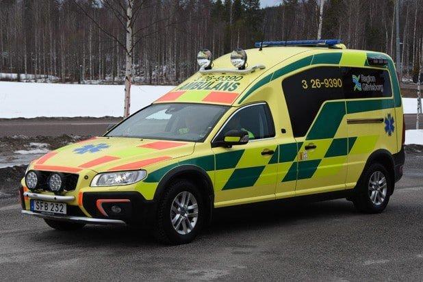 3 26-9390 Nilsson XC70 Ambulans -2015 Motor: D5 2400cc / 215 hk Påbyggare: Nilsson Special Vehicles
