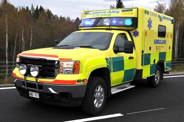 3 26-9420 GMC (Chevrolet CK30903) -2011 Påbyggare: Ambulansproduktion i Sandviken AB