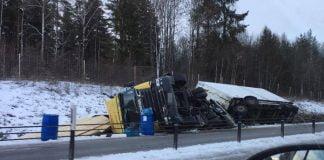 Lastbilsolycka E4 Hagsta Xnytt