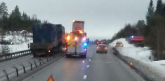 Lastbilsolycka Gnarp Xnytt